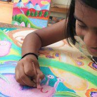kenfortes children art class oil pastels